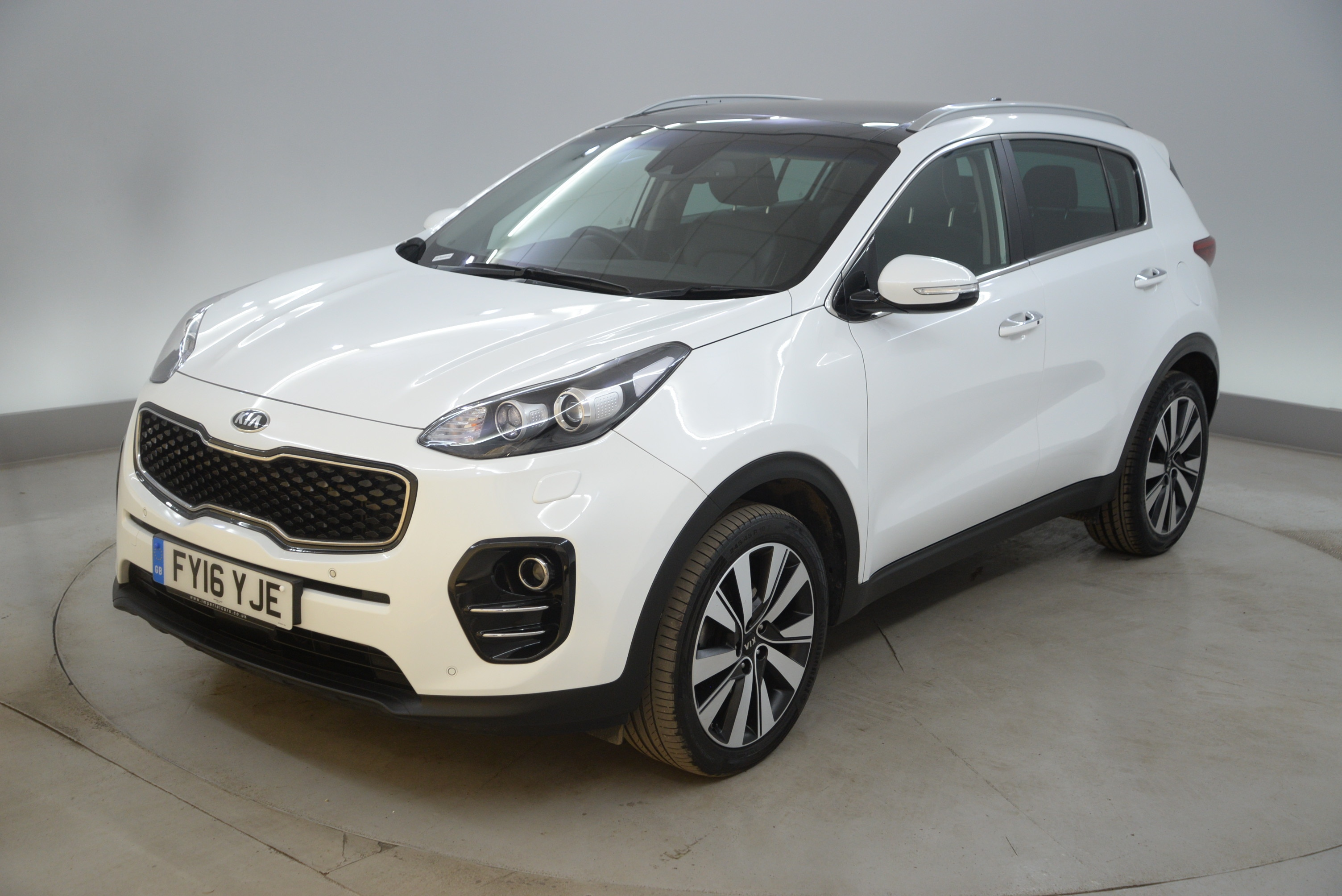 second in used axis hand usedcars kia sportage devon and p