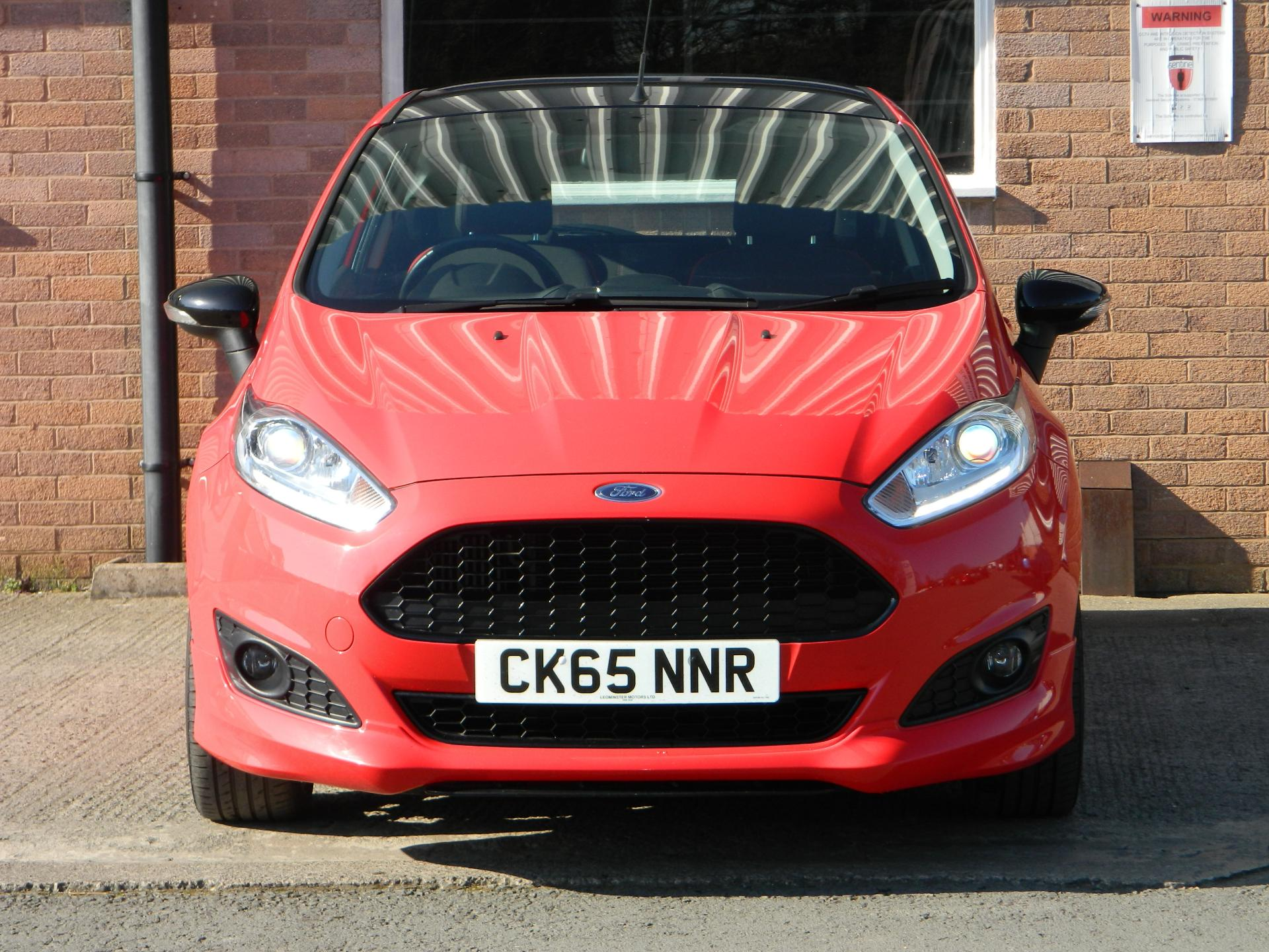 Large photo 2 for 2015/65 FORD FIESTA/65 FORD FIESTA 1.0T ECOBOOST 140PS ZETEC S RED 3DR * FULL FORD SERVICE HISTORY *