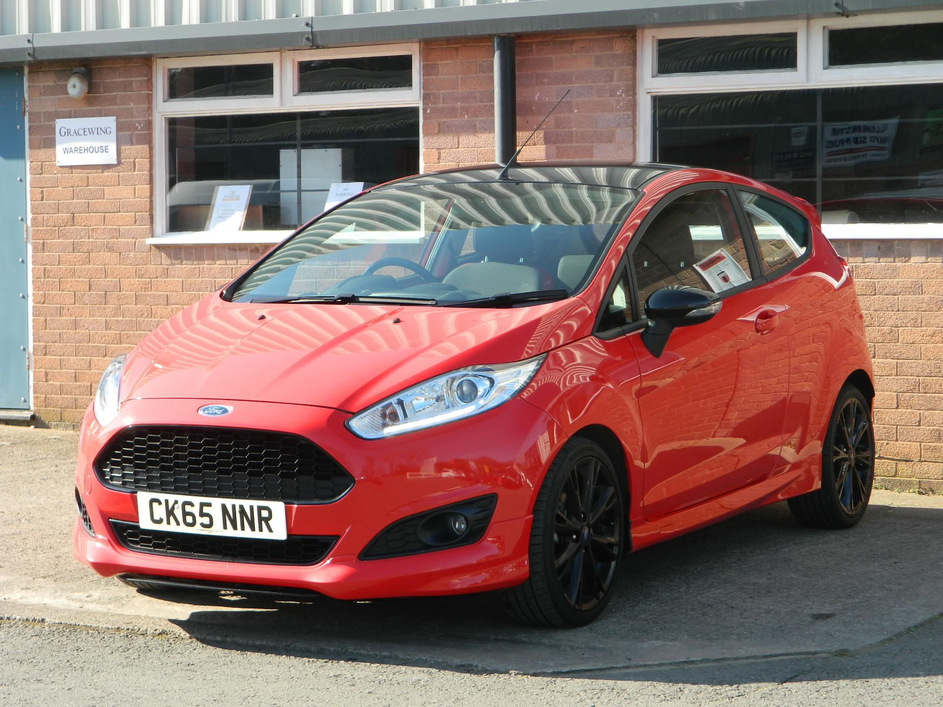 Large photo 3 for 2015/65 FORD FIESTA/65 FORD FIESTA 1.0T ECOBOOST 140PS ZETEC S RED 3DR * FULL FORD SERVICE HISTORY *