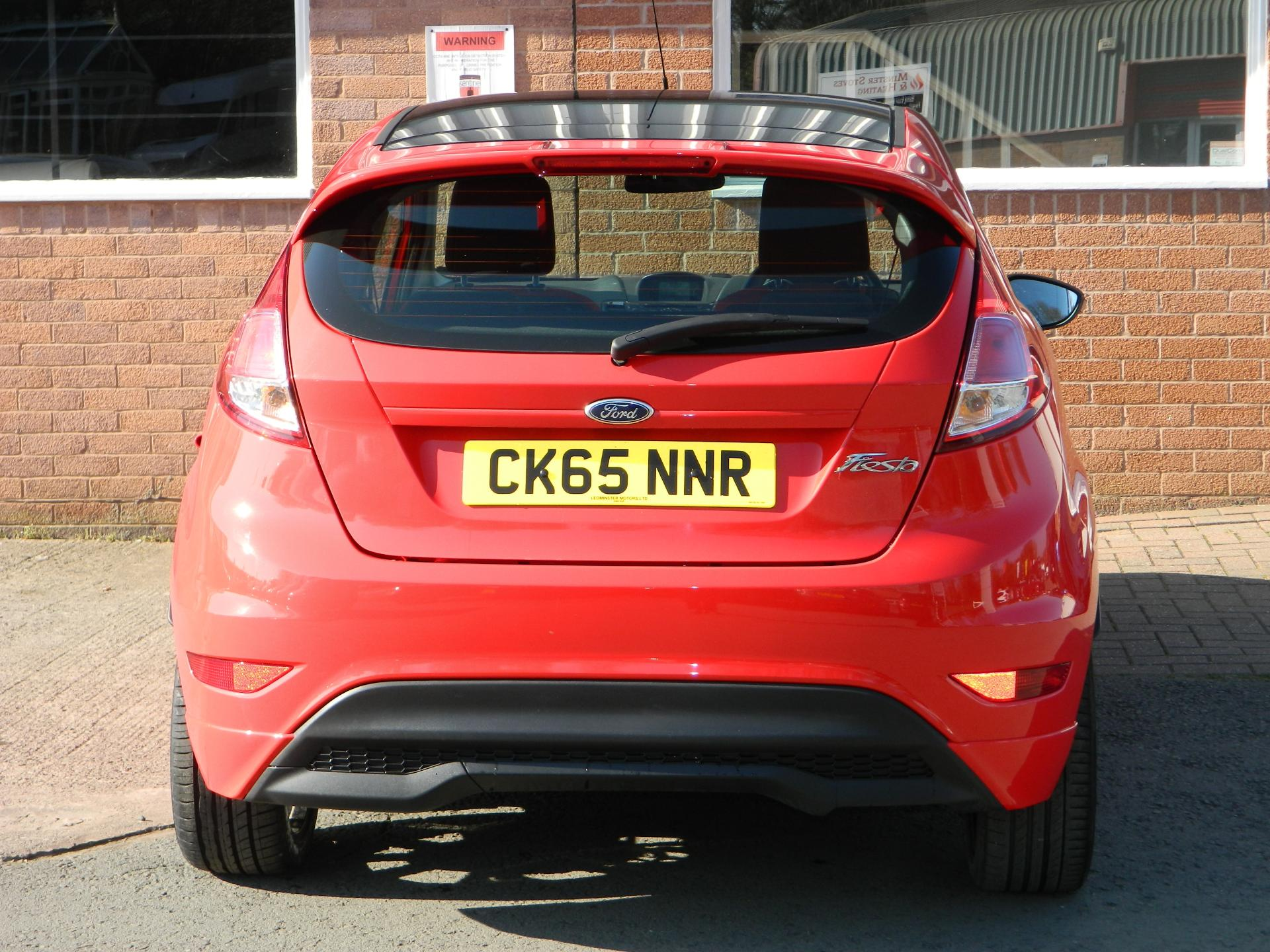 Large photo 8 for 2015/65 FORD FIESTA/65 FORD FIESTA 1.0T ECOBOOST 140PS ZETEC S RED 3DR * FULL FORD SERVICE HISTORY *
