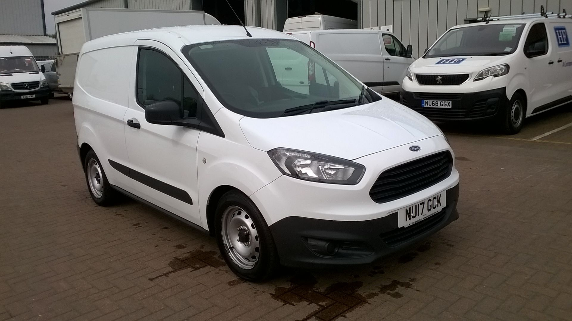 08a69baf3c Used Ford Transit Vans for Sale in Edinburgh
