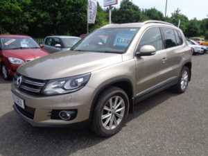 2013 (13) Volkswagen Tiguan 2.0 TDi BlueMotion Tech SE DSG Auto For Sale In Cinderford, Gloucestershire