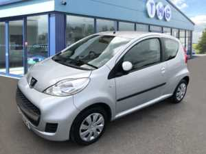 2009 (09) Peugeot 107 1.0 Urban 3dr 2-Tronic **RARE SMALL AUTO** For Sale In Newark, Nottinghamshire