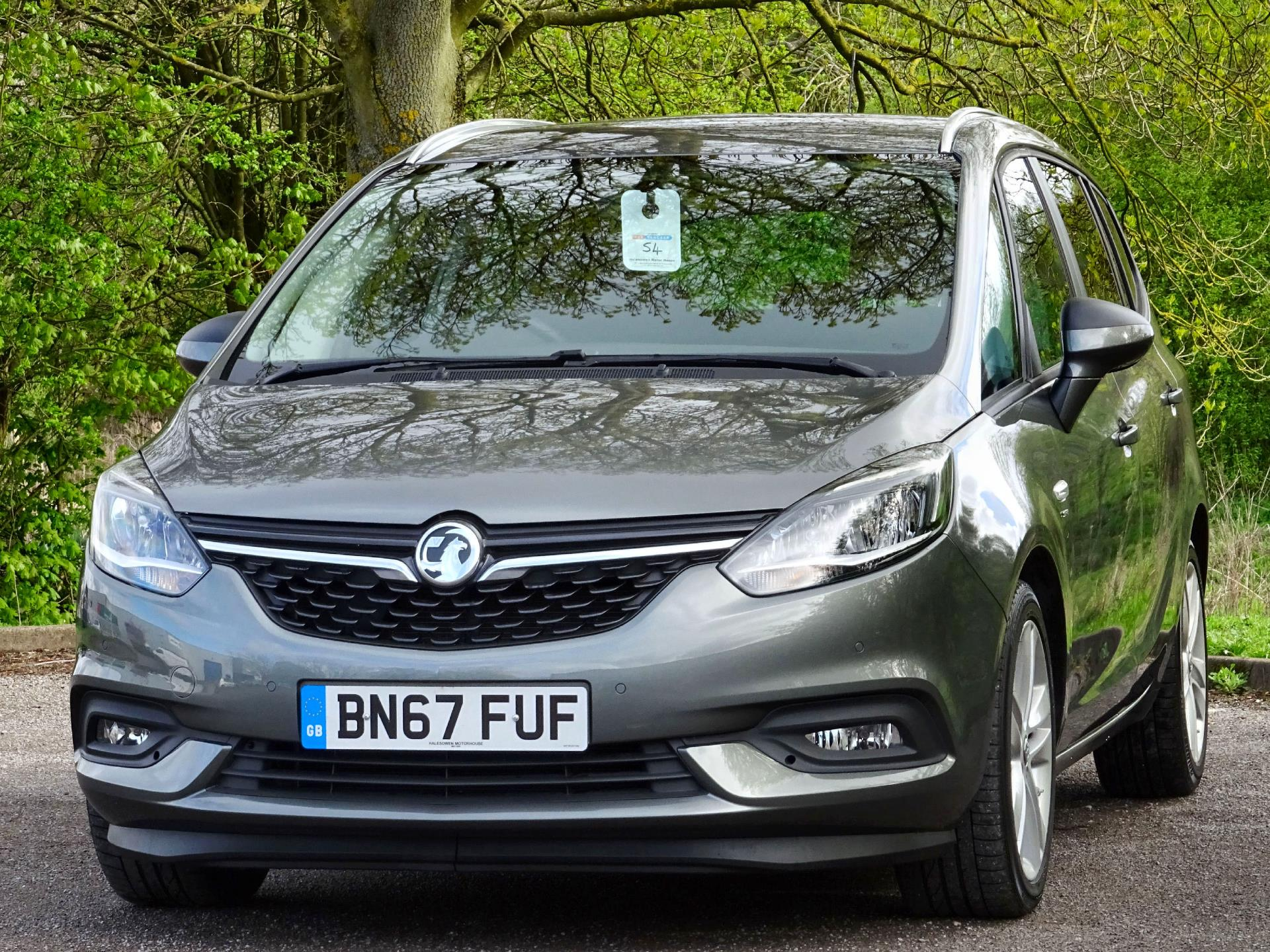 Large photo 4 for 2017/67 VAUXHALL ZAFIRA/67 VAUXHALL ZAFIRA 2.0 CDTI SRI * STYLISH FAMILY 7 SEATER * PARKING SENSORS * BLUETOOTH * DAB